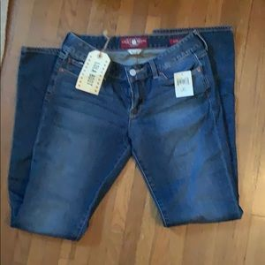 Lucky Brand Jeans NWT aside 27/4